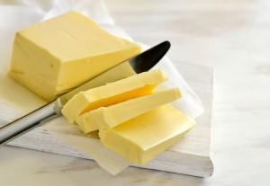 margarina-ou-manteiga-qual-e-melhor-para-a-saude1